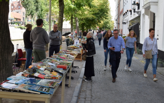Book market - 5 and 6 July 2021